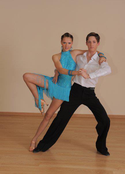 Танцевальные клубы москва бальные танцы play клуб москва