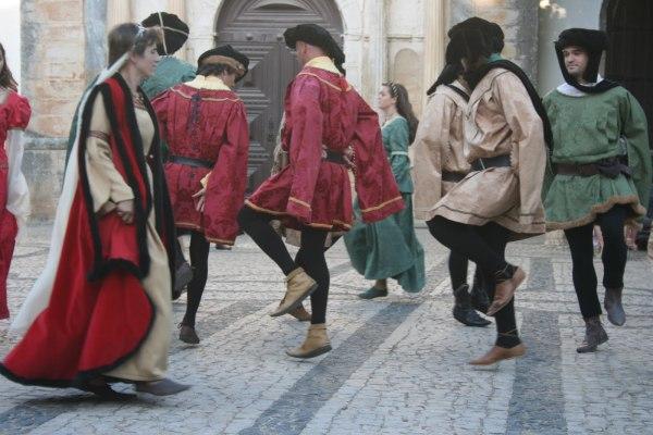 Танец Сальтарелло