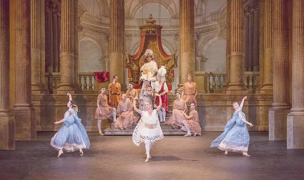 История танца: рождение балета, эпоха Рококо