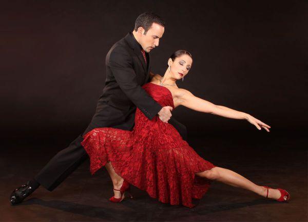 История танцев: появление современного танца, латина и джаз, народный танец