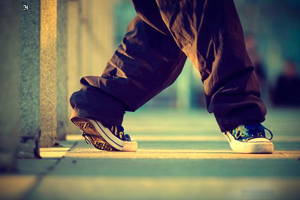Crip Walk (C-Walk)